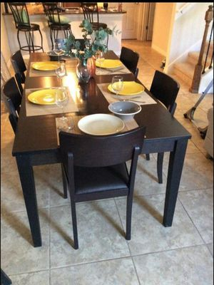Pier one Dining set- 6 chairs for Sale in Orlando, FL