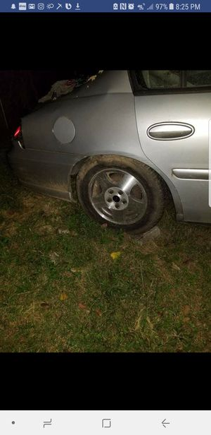 2003 Chevy Malibu Tree Fell On It Ing Motor And Transmission A1 950 For Both Rim