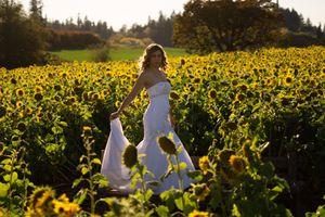 Oleg Casini - Size 6 Wedding Gown - Dress for Sale in Portland, OR