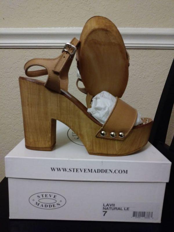 8246a0feb02 Steve Madden Lavii Platform Sandal for Sale in Riverview