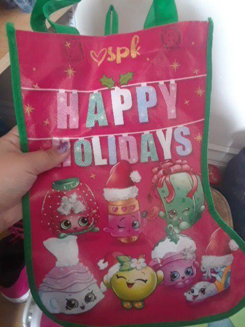 Shopkin stocking