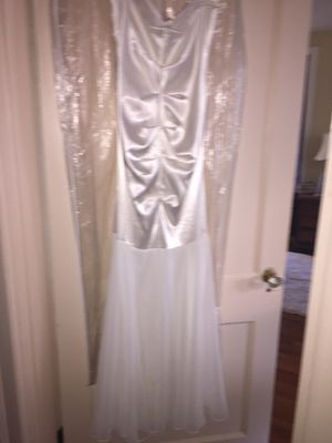 White gown size 7/8 for Sale in Lynchburg, VA