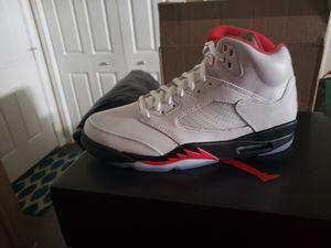 Photo Nike air Jordan 5 retro fire red