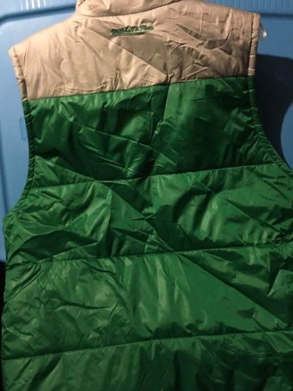 Boston celtics mitchell & ness zip vest size xl (new)