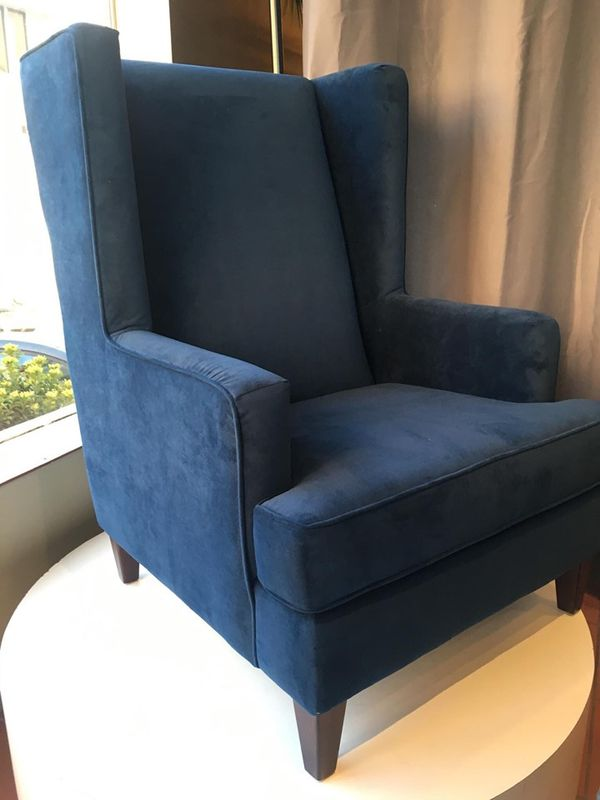 chair presented by modern home furniture in everett for