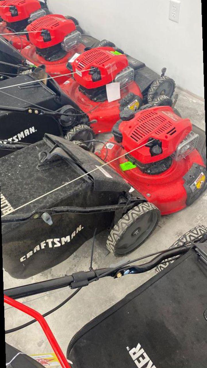 Lawnmower liquidation sale ‼️‼️‼️‼️‼️😱😱😎😎😎 E23I