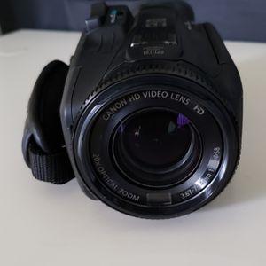 Canon Vixia HF G40. Good condition for Sale in Lincolnia, VA