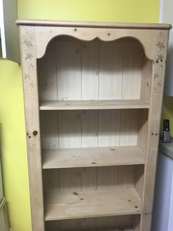Real wood cabinet Thumbnail