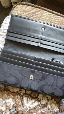 Coach bag matchin wallet Thumbnail