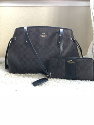 dcdb37d4cf4a Coach purse and wallet for Sale in Bonney Lake