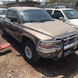 2000 Dodge Dakota Thumbnail