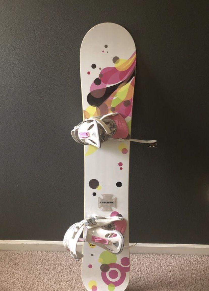 Women's snowboard