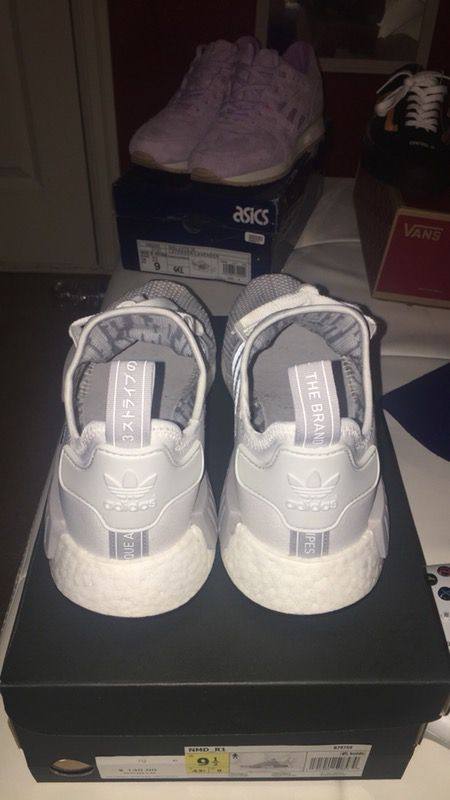 7d7522bc3 ... Nmd r1 blizzard sz 9.5 (Clothing Shoes) in Canby