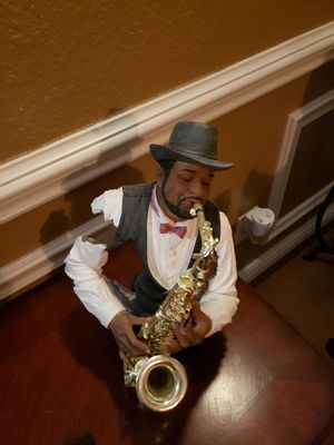 SAXOPHONE MAN for Sale in Hialeah, FL