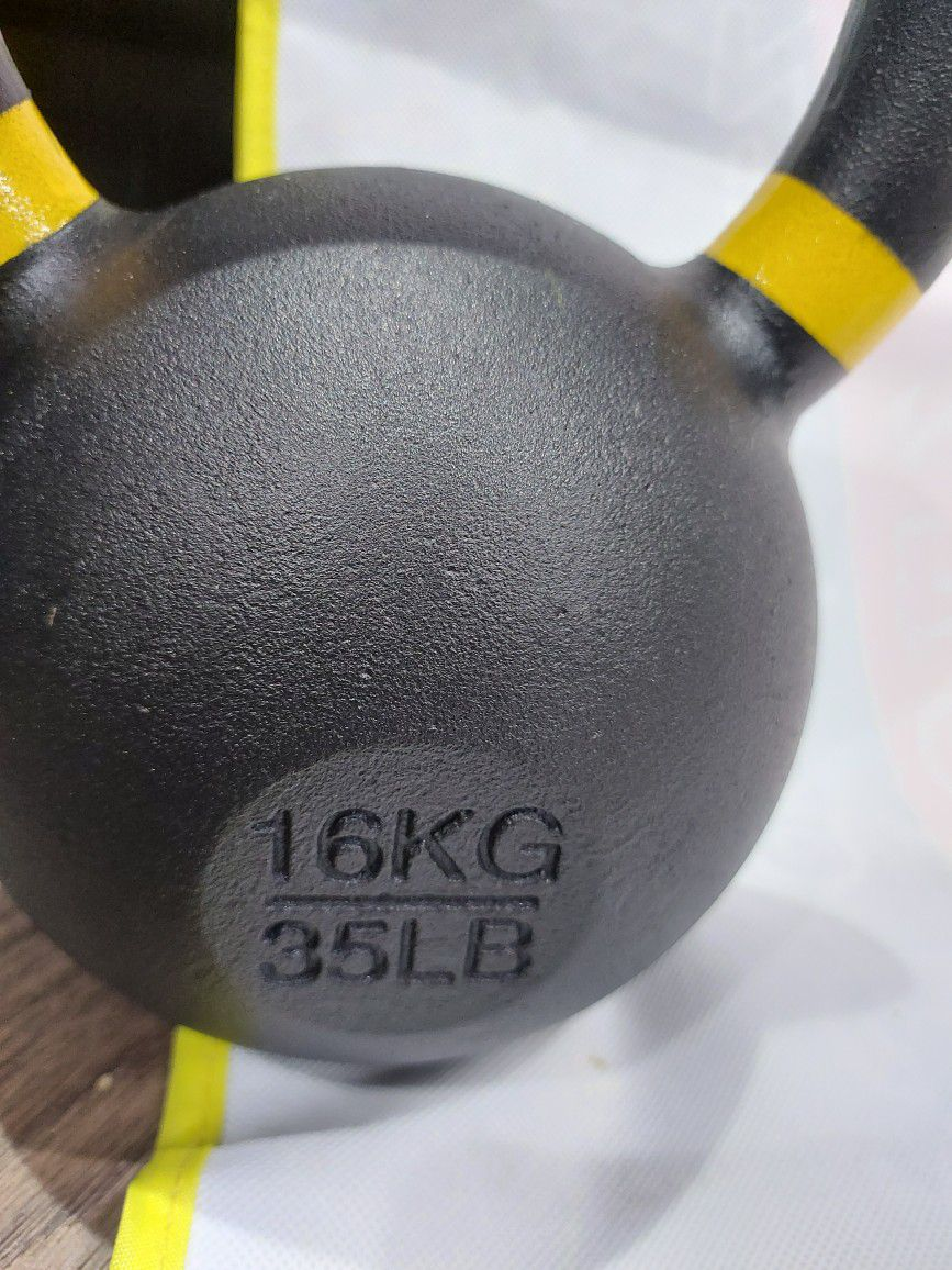 Cast Iron Powder Coated Kettlebells 16kg(35lbs)