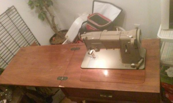 40s Singer 13408M Heavy Duty Sewing Machine In Walnut Wood Cabinet Extraordinary 13608m Singer Sewing Machine