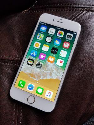 Iphone s6 liberado para cualquier compañía for Sale in Washington, DC