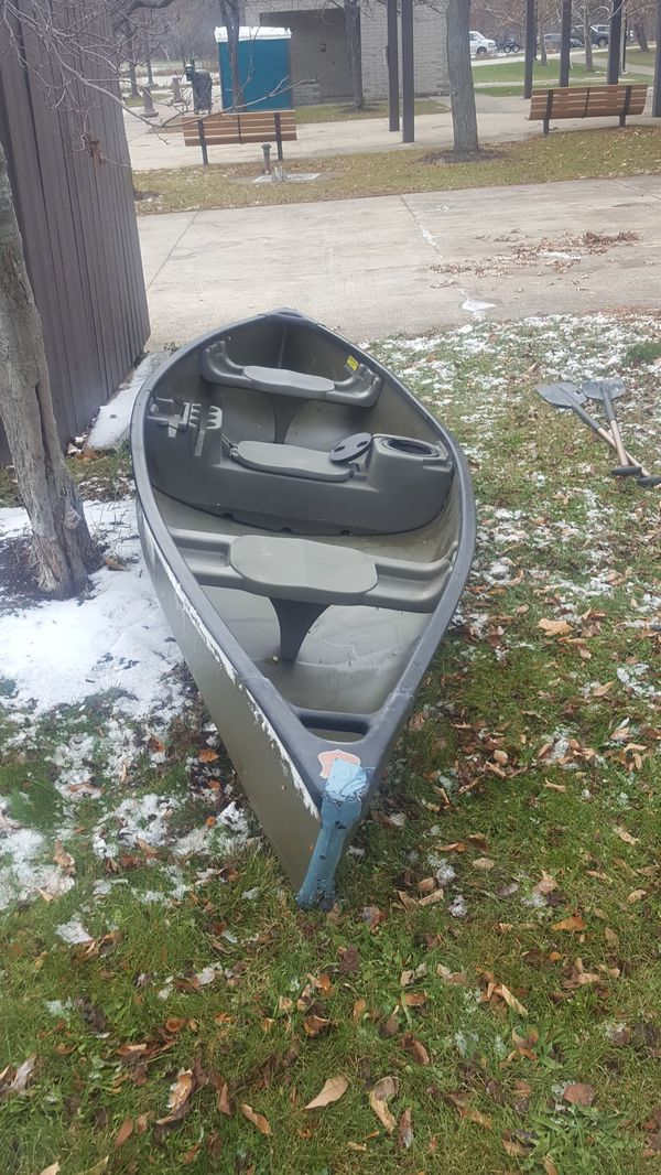 Canoe Rogue River model 14 for Sale in Cleveland, OH - OfferUp