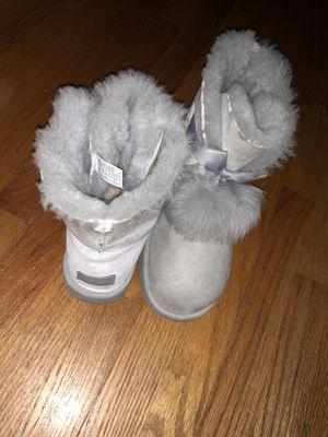 Gita Uggs Grey Size 11 for Sale in Gaithersburg, MD