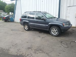2003 Jeep Grand Cherokee 4 doors automatic for Sale in Ruther Glen, VA