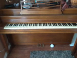 Piano muy Buena condicion for Sale in Rowlett, TX