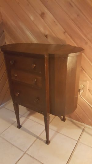 Martha Washington sewing cabinet. for Sale in Santee, CA