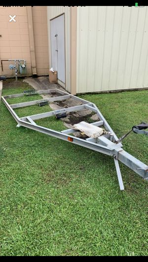 Photo Boat trailer without axle and wheels