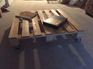 Pallet center table for Sale in Atlanta, GA