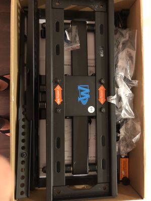 Brand new tv mount for 26-55in tv for Sale in Portland, OR