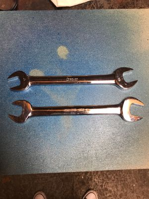 Snap on 17mm 19mm open end wrenches for Sale in Tacoma, WA