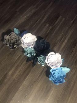 Paper Flowers Flores de Papel Thumbnail