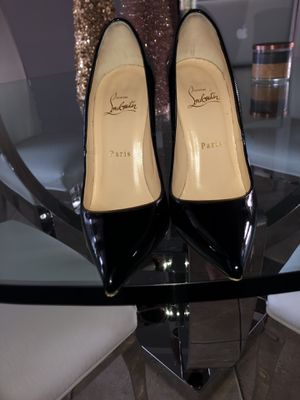 Christian Louboutin Pigalle in Black for Sale in Miami, FL