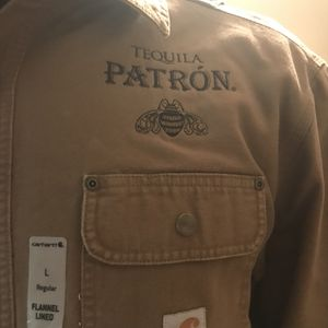 Patron Carhartt Jacket size L ! for Sale in Montclair, VA