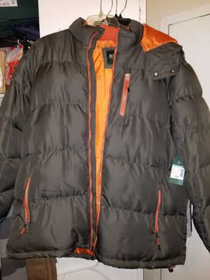 New man coat XL Outdoor life for Sale in Alexandria, VA