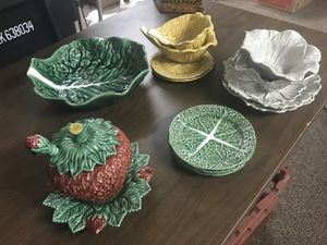 Antique Leaf gravy boat and other dishes! for Sale in San Francisco, CA