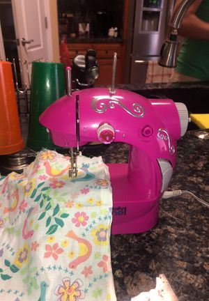 New And Used Sewing Machines For Sale In Oxnard CA OfferUp Cool Totally Me Sewing Machine