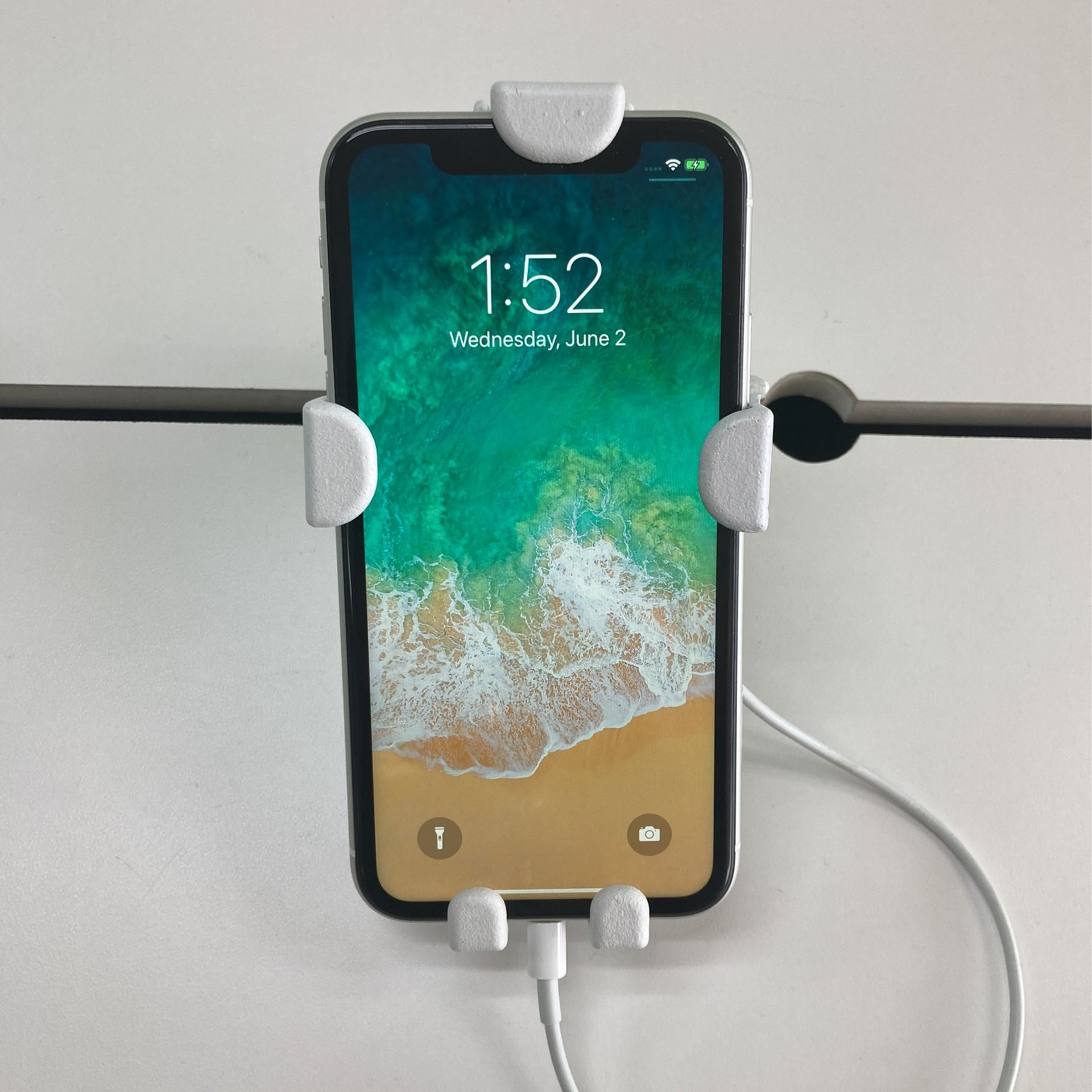 iPhone XR At Cricket Wireless On South Bryant