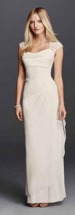 Size 8 Ivory Wedding Gown for Sale in Scottsdale, AZ
