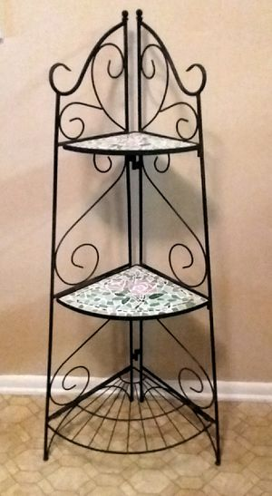 Photo (WROUGHT IRON/ STAIN GLASS CORNER STAND (EXCELLENT USED CONDITION)