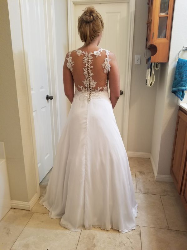 Wedding dress clothing shoes in austin tx offerup for Where can i sell my wedding dress locally