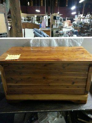 Rare Murphy 4017 Cedar Chest Vintage for Sale in Covington, GA