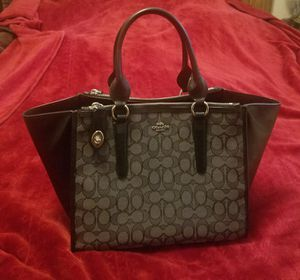 Coach Medium Signature Jacquard Carryall Handbag for Sale in Auburn, WA