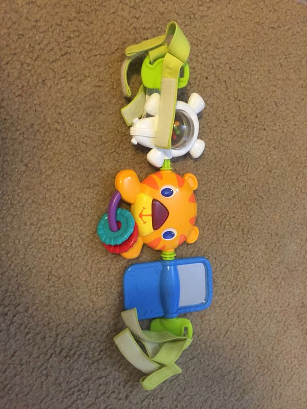 Toy for car seat for Sale in Happy Valley, OR - OfferUp