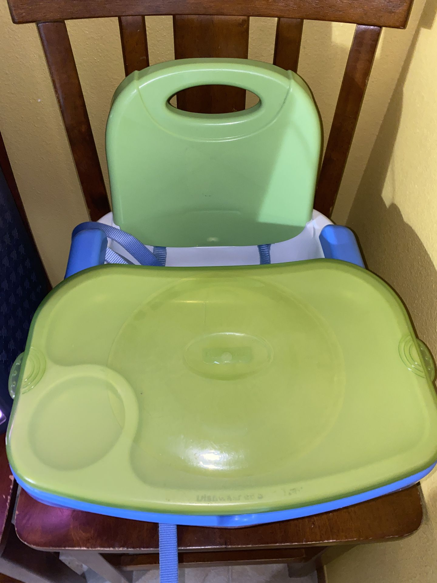 INFANT/TODDLER FEEDING CHAIR