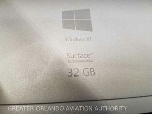 Microsoft Surface RT 32 gigs for Sale in Winter Springs, FL