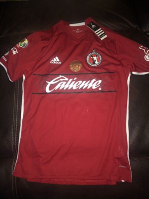 Xolos de tijuana jersey size large and is new with tags is the players version with name and number for Sale in Perris, CA