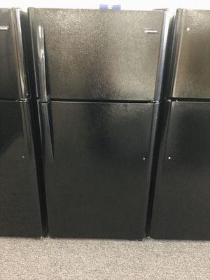 Photo New Black Frigidaire Top Freezer Refrigerator