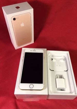 IPhone7 Factory Unlocked + box and accessories + 30 day warranty for Sale in Sterling, VA