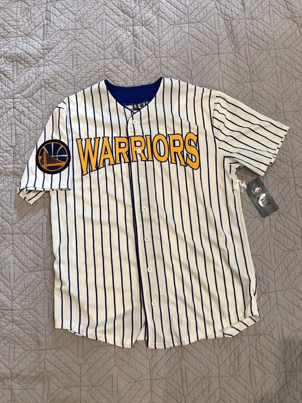 cheap for discount 9c529 5464d Golden State Warriors baseball jersey Men's S for Sale in Dublin, CA -  OfferUp