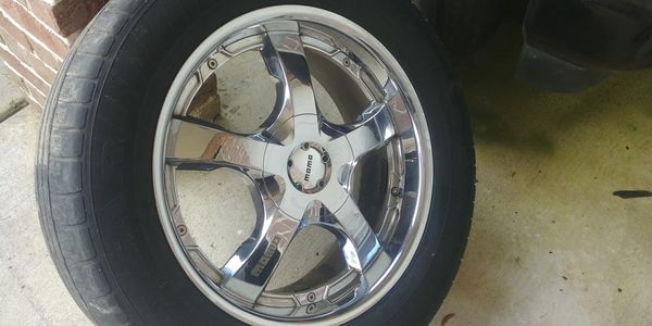 Momo 20 inch 6 lug rims x4 for Sale in League City, TX - OfferUp